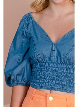 Blusa Cropped em Jeans com Mangas Bufantes e Lastex