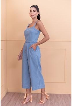 Macacão Pantacourt Jeans Liso com Alça Larga Azul Claro
